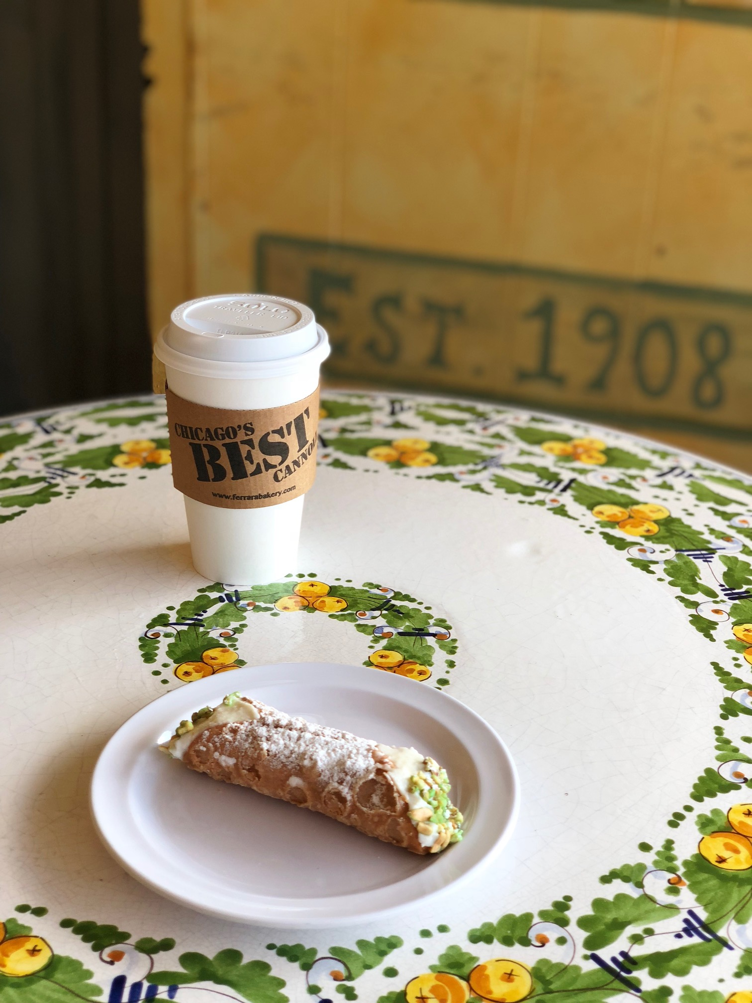 Coffee & Cannoli
