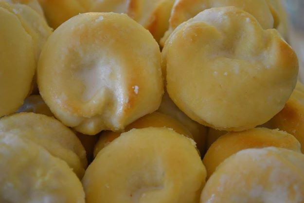 Frosted Lemon Tarallo