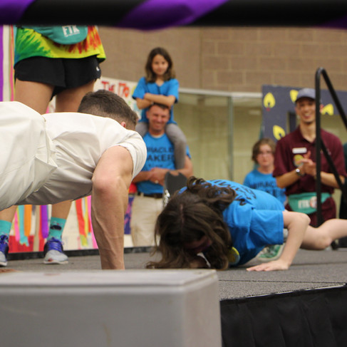 Lexi CRUSHED this push up contest!!