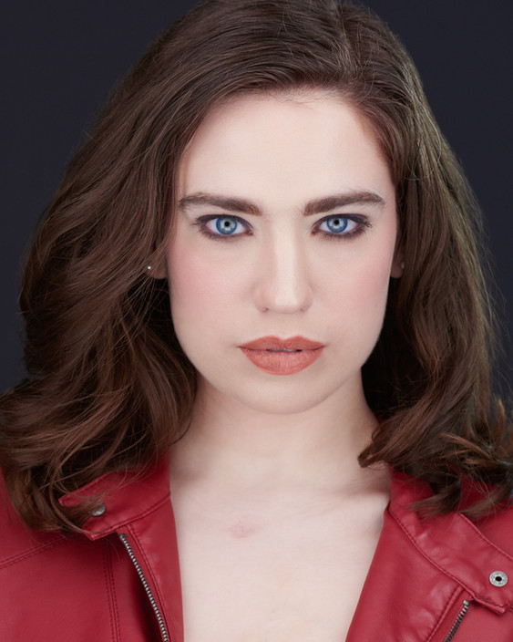 Stephanie Oustalet Headshot