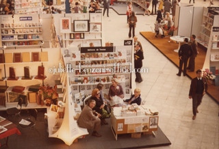Un salon du livre courant - 1972