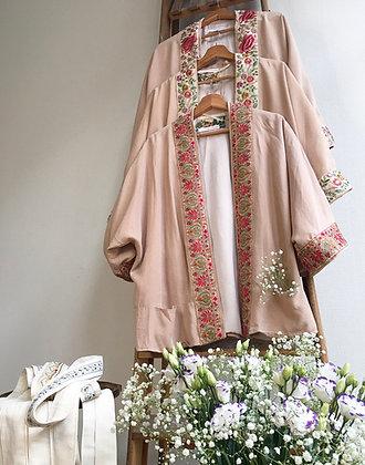 Sarasvati Lotus kimono (O)