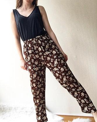 Highwaist floral pants. M/L