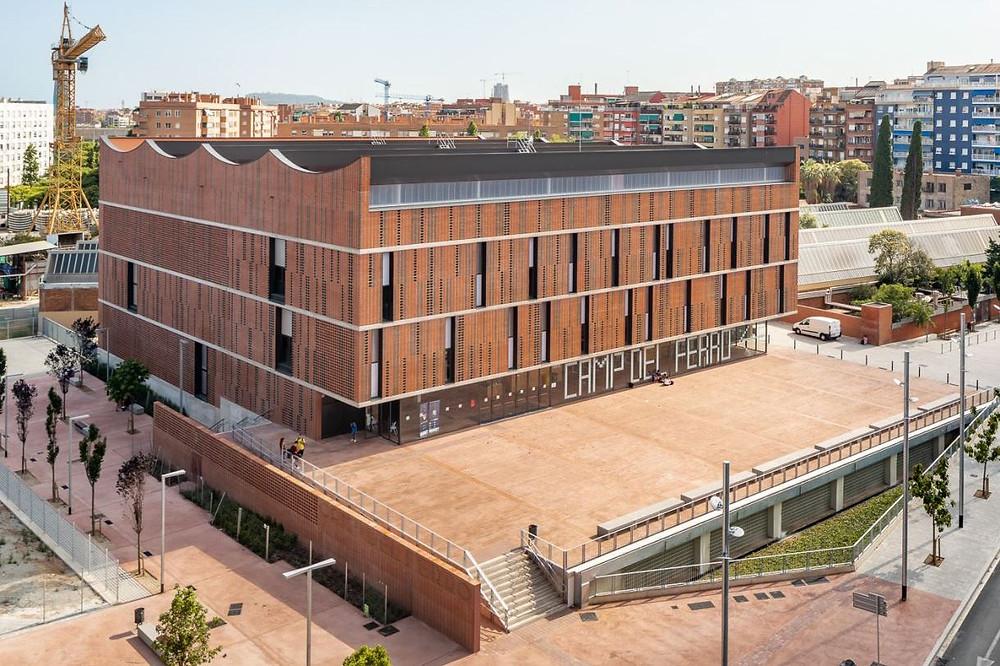 Poliesportiu Camp del Ferro a la Sagrera · Premis Catalunya Construcció