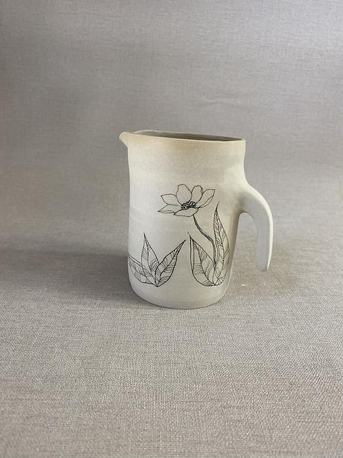 Pichet en grès motif fleur