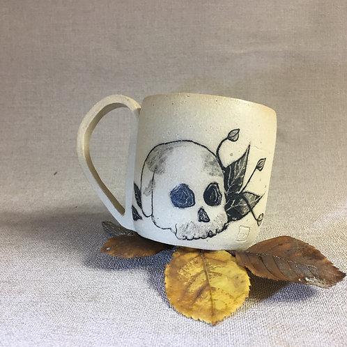 Petite Tasse motif crâne et plante