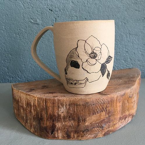 Tasse / Mug Motif crâne et fleur