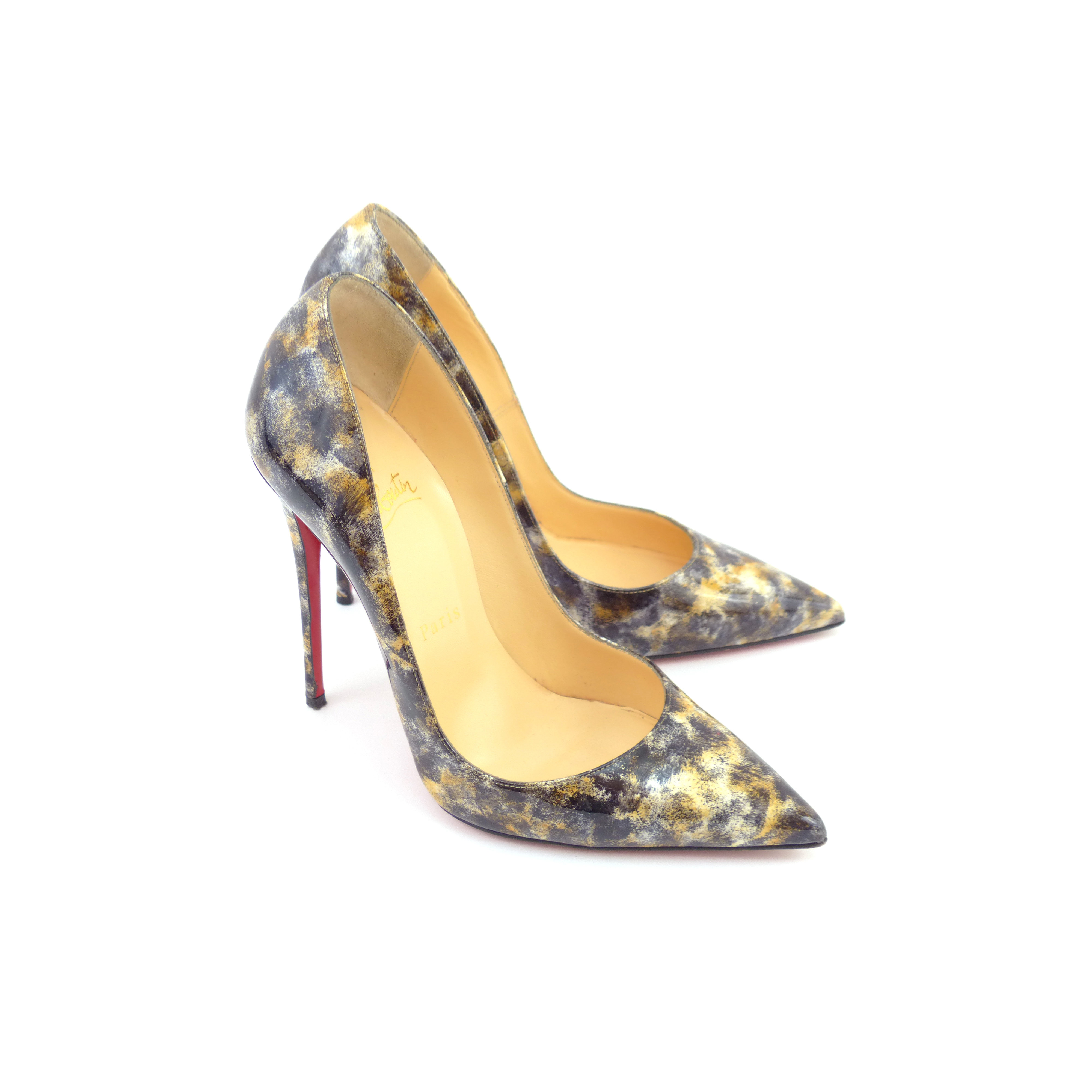 28a548d76938 Christian Louboutin  So Kate  Black Vernis Mouchete Patent Leather