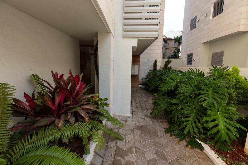 Garden Ramat Gan - building