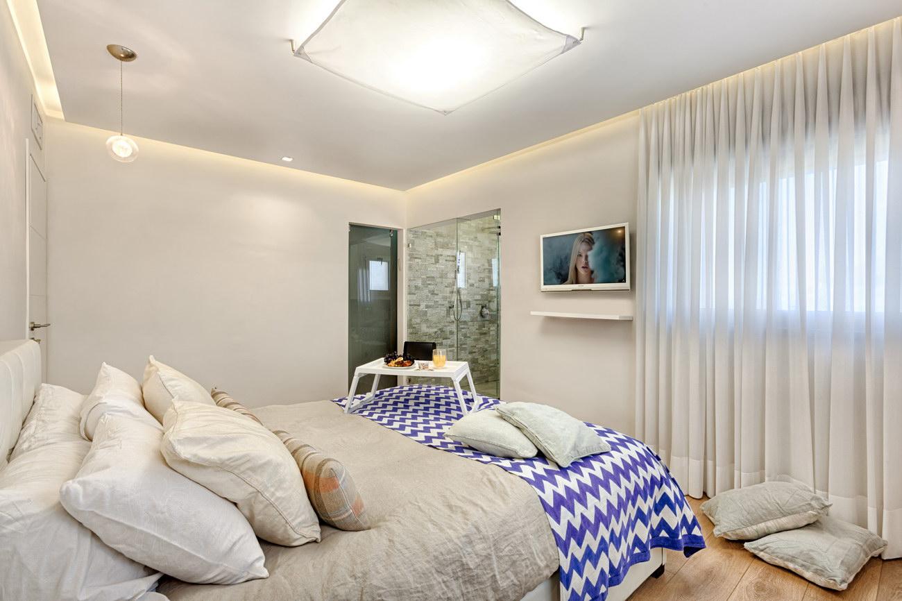 Penthouse Holon - suite/ master