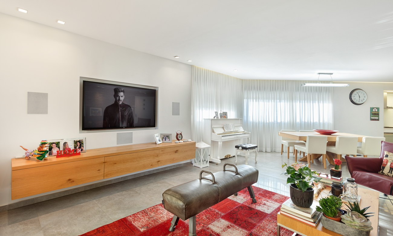Penthouse Holon - tv area