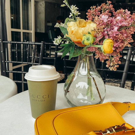 Gucci открыли поп-ап кафе на Патриарших прудах