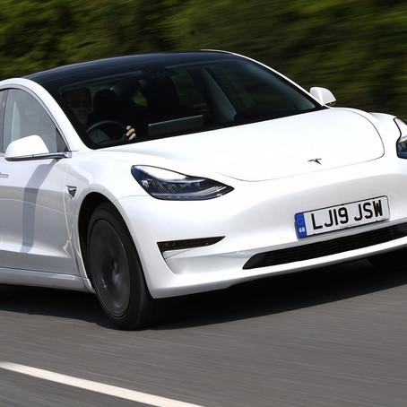 Tesla появится в России