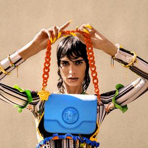 Versace представит линию аксессуаров La Medusa