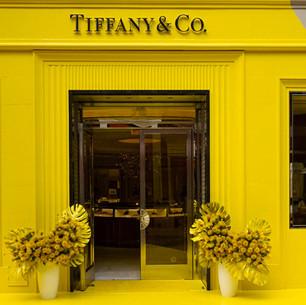 Tiffany & Co. все-таки окрасился в цвета Pantone