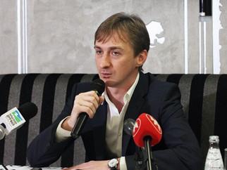 Ассистент. Дмитрий Давиденко