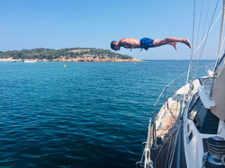 Emile and the Levitation Dive