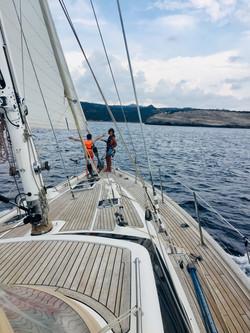 8.5kts on the bow