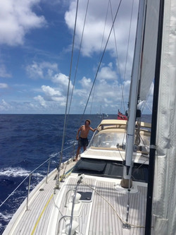Easing along at 8 knots