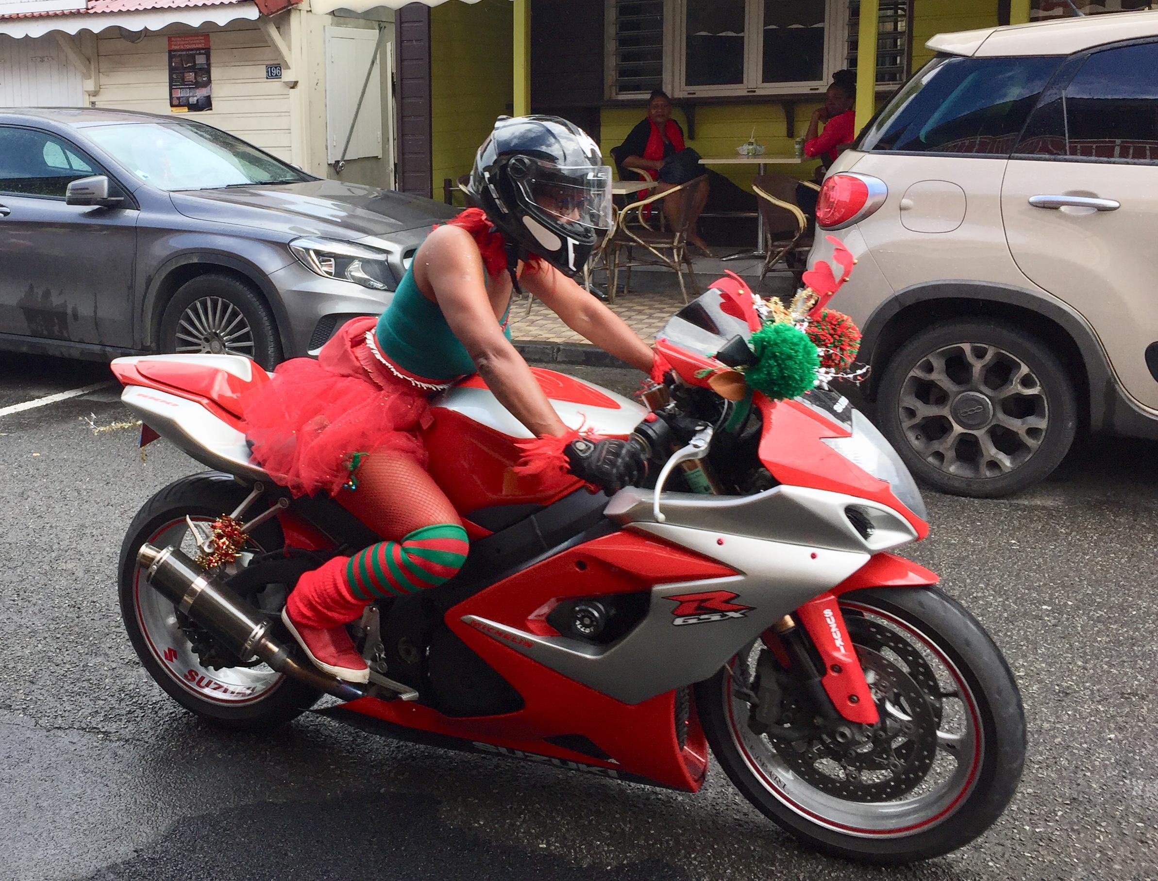 Jo as Santas Helper on her Suzuki!