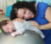 מפגש פרטי עם יועצת התפתחתית, לקבלת כלים לטיפול בתינוק, הנקה,זחילה,גזים,התפכויות, שכיבה על הבטן ועוד בחיוכים כפר גנים פתח תקווה