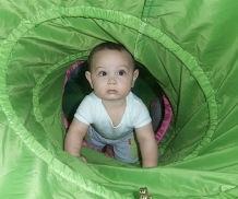 פעילות לתינוקות זוחלים בגילאי שישה חודשים