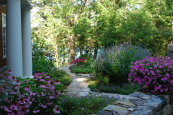 new-england-cottage-garden-sigrid-morgan