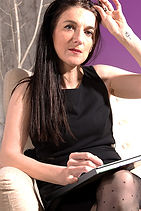 Kristine Champagne-Dillinséger, Praticienne en Hypnose Intégrative