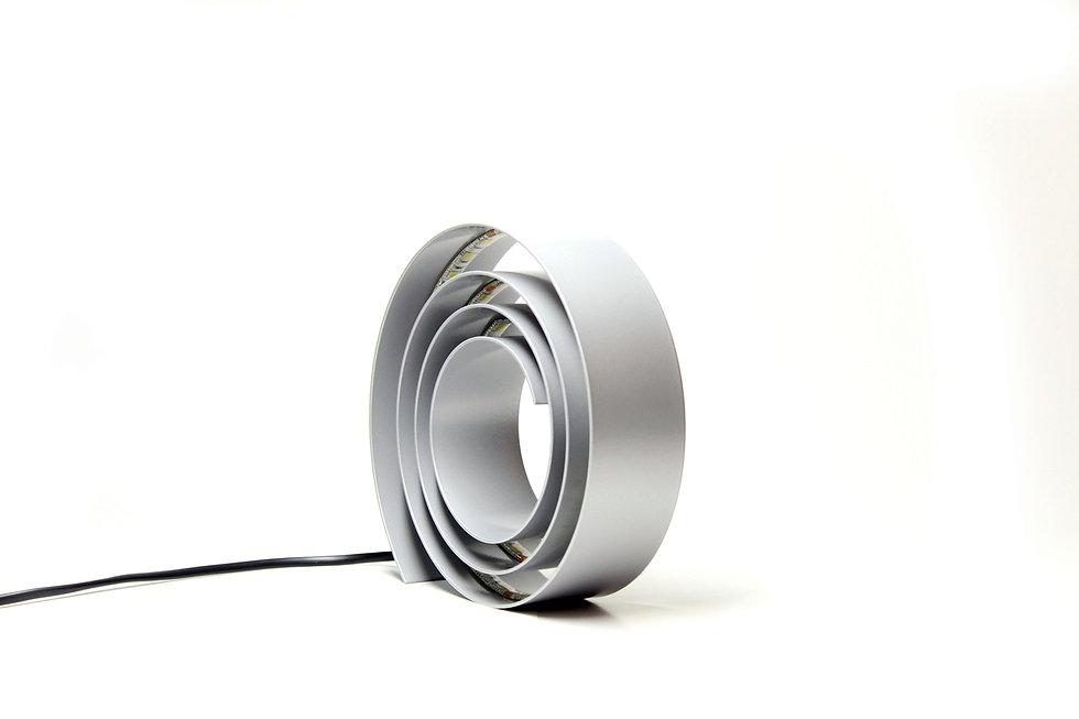 Hugir-Lamp-Amonita-Aluminium-Light.jpg