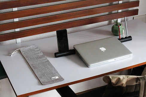 Hugi.r-Gray-Mesh-Iman-Workstation.jpg