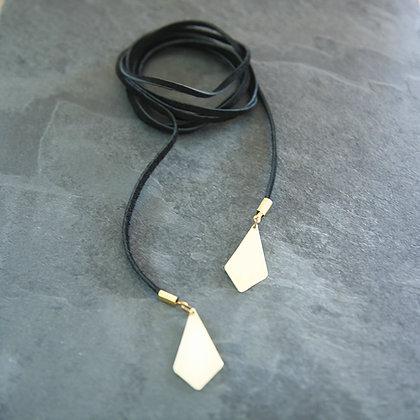BRASS DIAMOND LEATHER WRAP