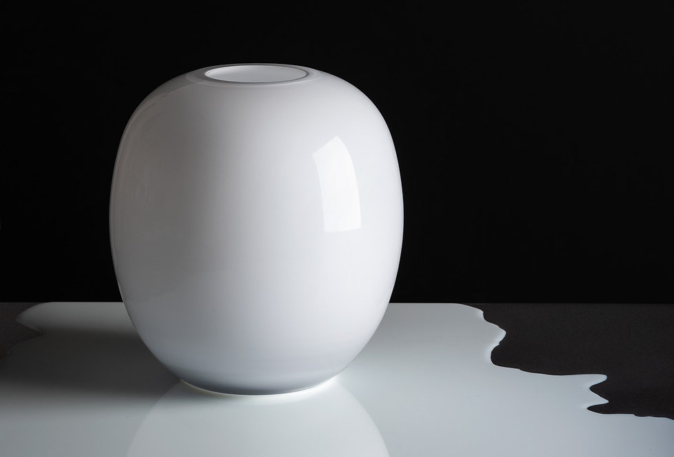 František Jungvirt | WHITE vase