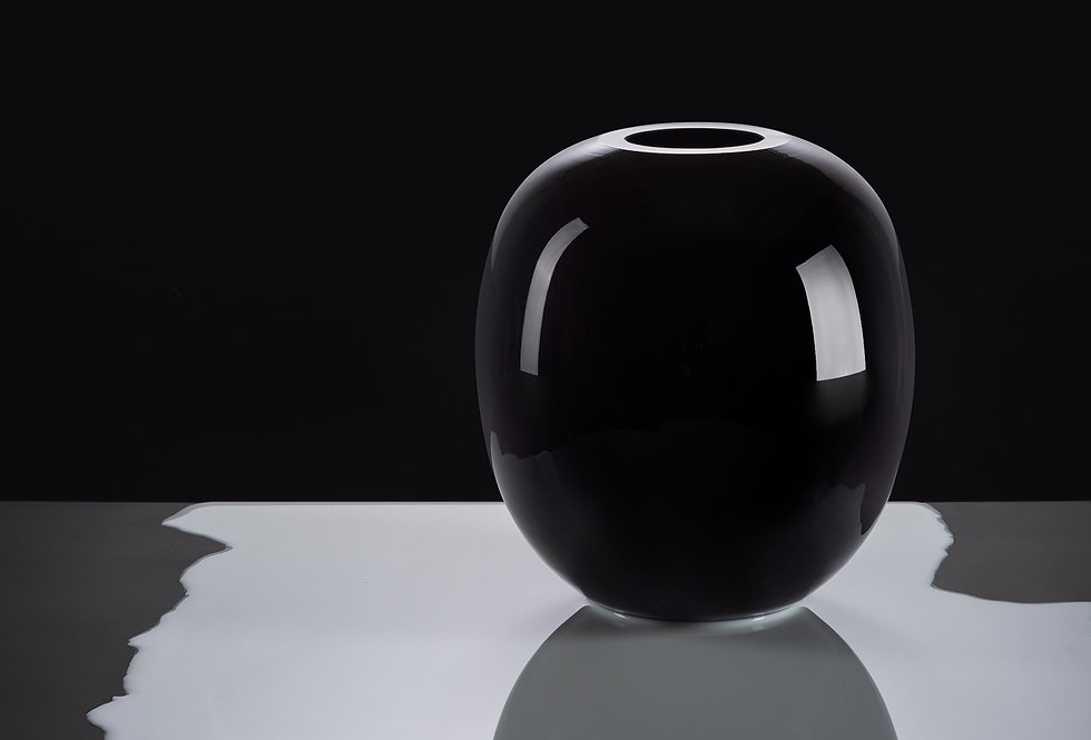 František Jungvirt | BLACK vase
