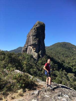 Pedra do Picú (alt. 2,050 m)