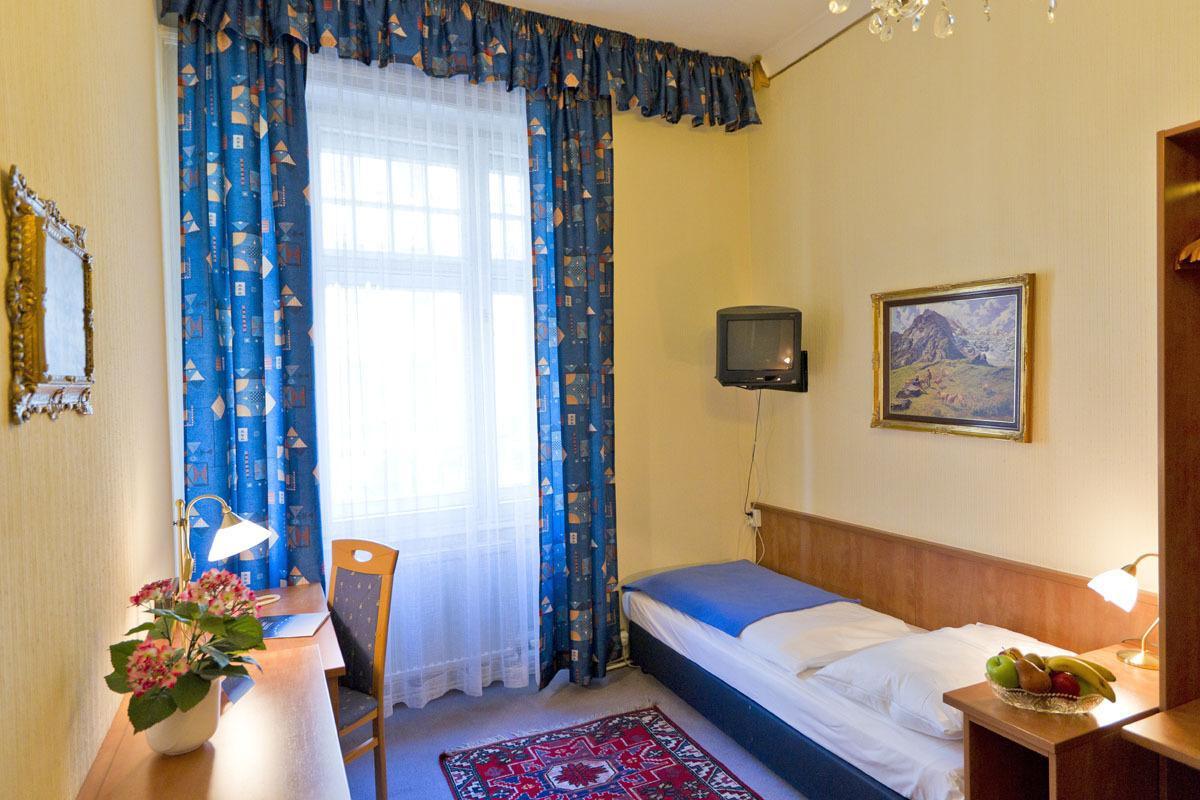 H - Wien - Hotel-Pension Bleckmann 3.jpg
