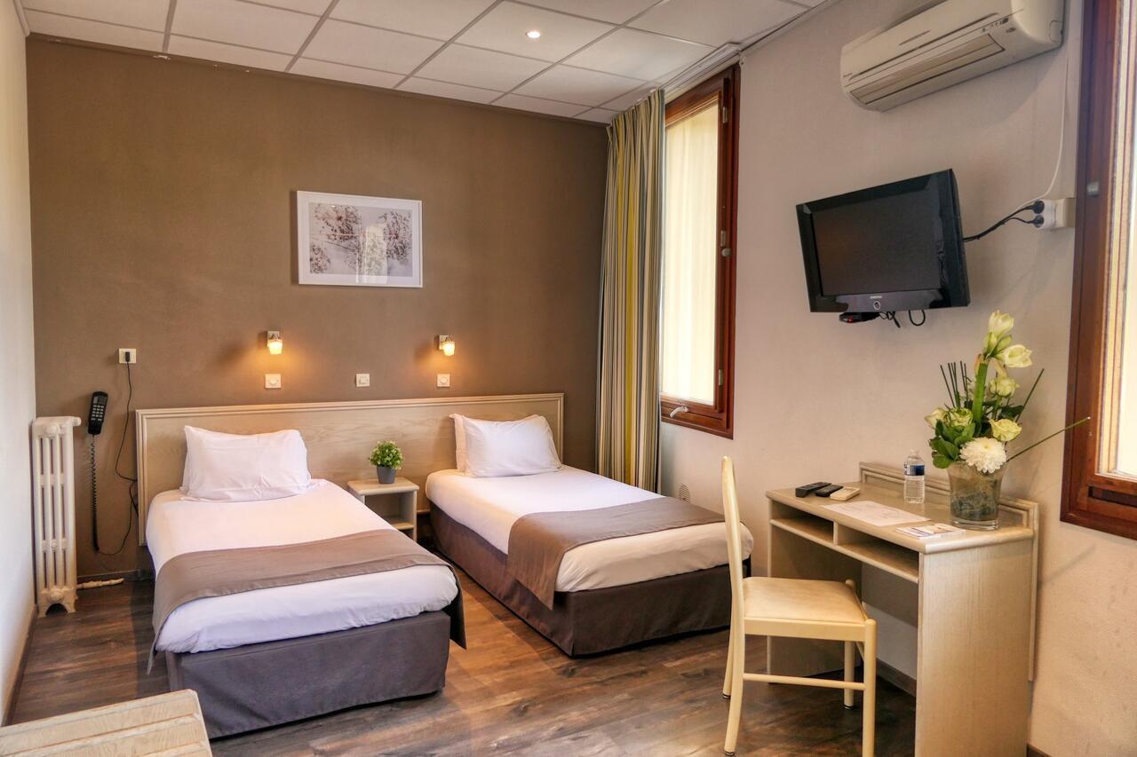 H - Orange Le Louvre Brit Hotel - Chb tw