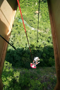 Abseiling in Bonito