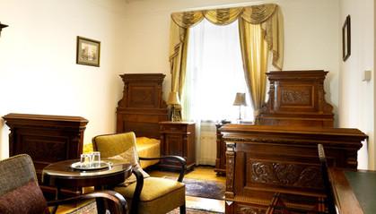 H - Budapest - Monarchy Residence.jpg