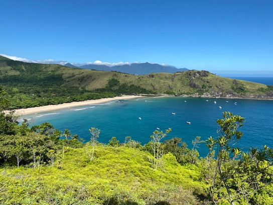 Bonete Beach, ranked among the 10 most beautiful beaches in Brazil, where we stop for the night. Without access road, no motorized vehicle in Bonete : so great...