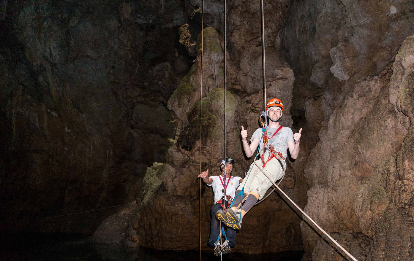 Abseiling in a cave or abyss (Bonito)