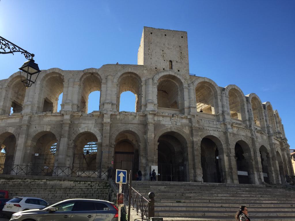 Arles arenas