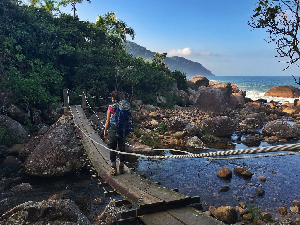 This trek along the coast is not easy, but it is amazing, safe and with some infrastructure.