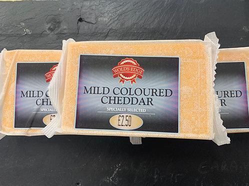 Mild coloured cheddar