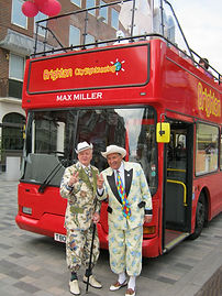 Sightseeing bus JR & GP.JPG