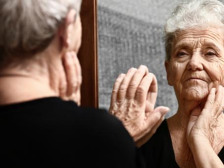 O envelhecer e o luto do corpo jovem