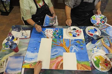 team-building-paint-party-600x400.jpg