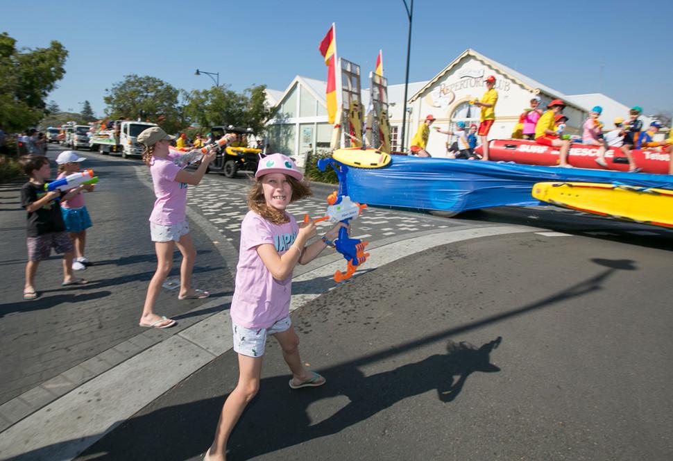 138 Float Parade.jpg
