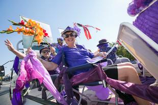 118 Float Parade.jpg