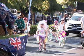 102 Float Parade.jpg