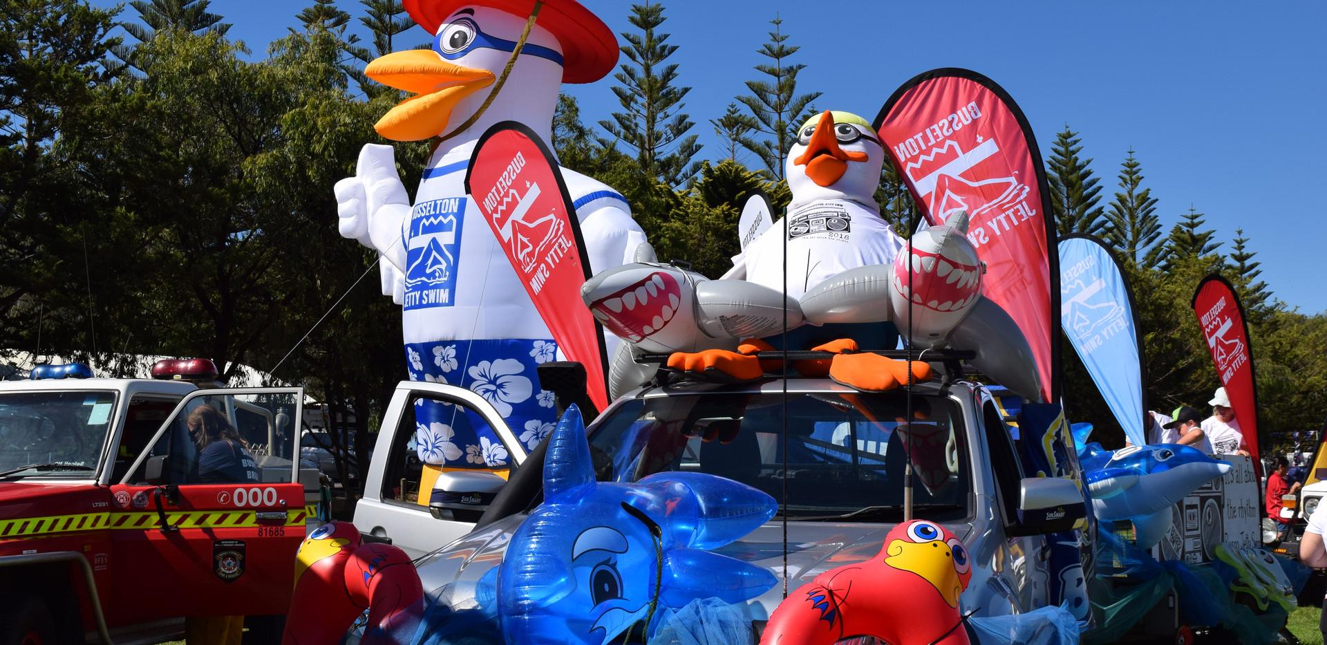 Float Parade 2.JPG